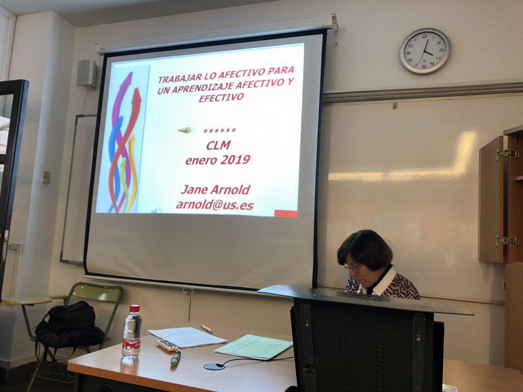 Taller de la profesora Jane Arnold en el CLM